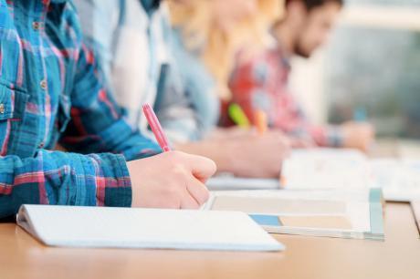 ข้อสอบ PAT 1 - มีนาคม 2556
